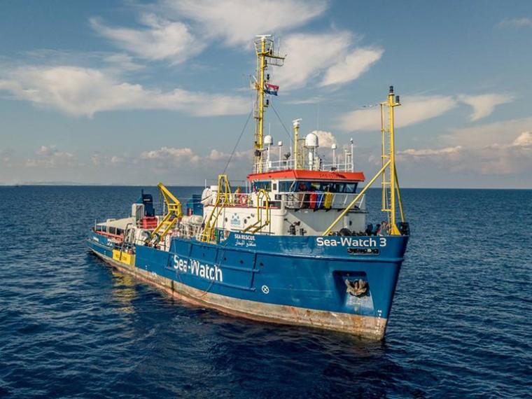 Migranti-Sea-Watch-torna-libera-e-in-navigazione.-Non-ci-fermiamo_articleimage