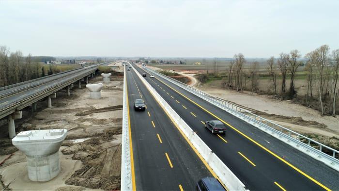Terza corsia, da stamani percorribile il nuovo viadotto sul Tagliamento-2