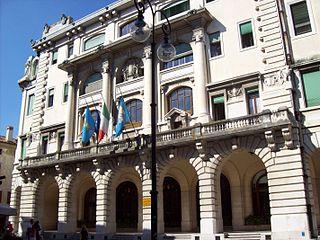 320px-udine_palazzo_d'aronco