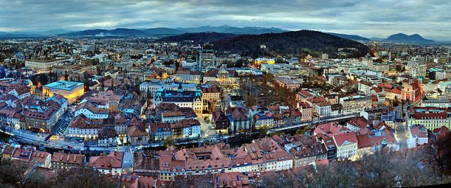 800px-Center_of_Ljubljana_from_Air